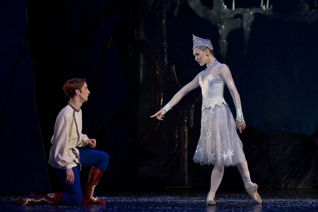 "7. M.Šust and N.Márová, ""The Snow Queen"" by M.Corder, Czech National Ballet © D.Wharton"