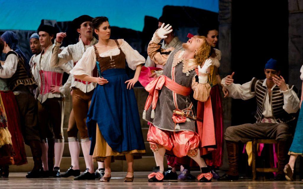 "8. A.Babenko and ensemble, ""Don Quixote"" by M.Petipa, A.Gorski and A.Ratmansky, Dutch National Ballet 2018 © A.Kaftira"