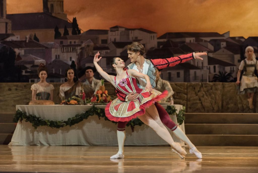 "23. M.Makhateli, D.Camargo and ensemble, ""Don Quixote"" by M.Petipa, A.Gorski and A.Ratmansky, Dutch National Ballet 2018 © M.Haegeman"