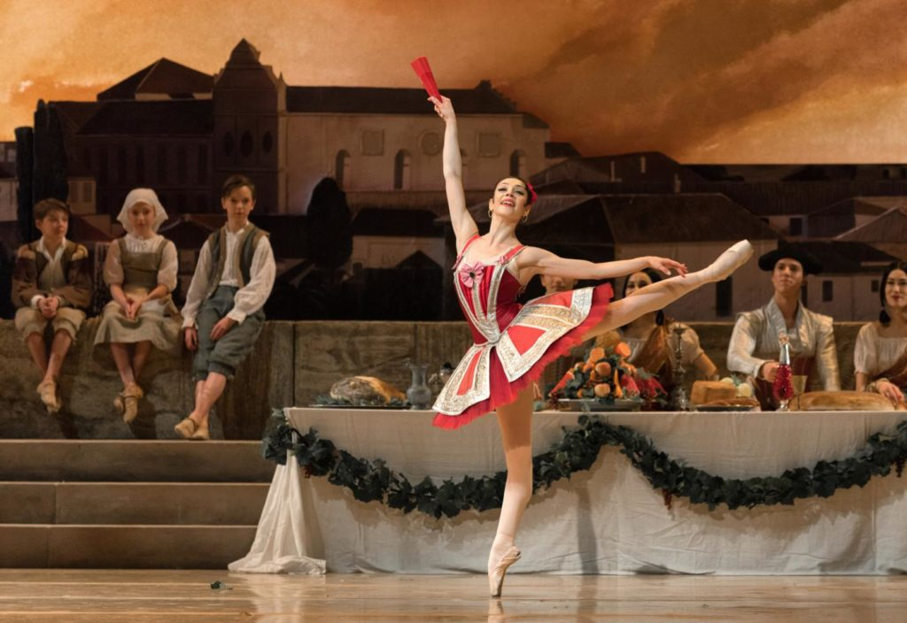 "20. M.Makhateli and ensemble, ""Don Quixote"" by M.Petipa, A.Gorski and A.Ratmansky, Dutch National Ballet 2018 © M.Haegeman"