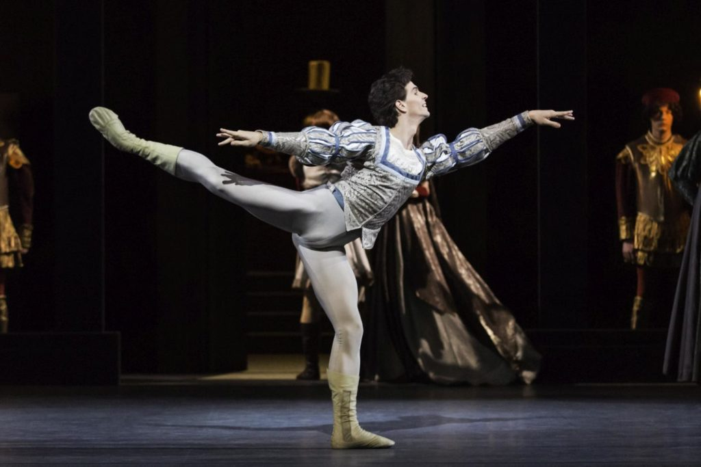 "15. G.Côté and corps de ballet, ""Romeo and Juliet"" by A.Ratmansky, The National Ballet of Canada 2013 © The National Ballet of Canada / J.Persson"