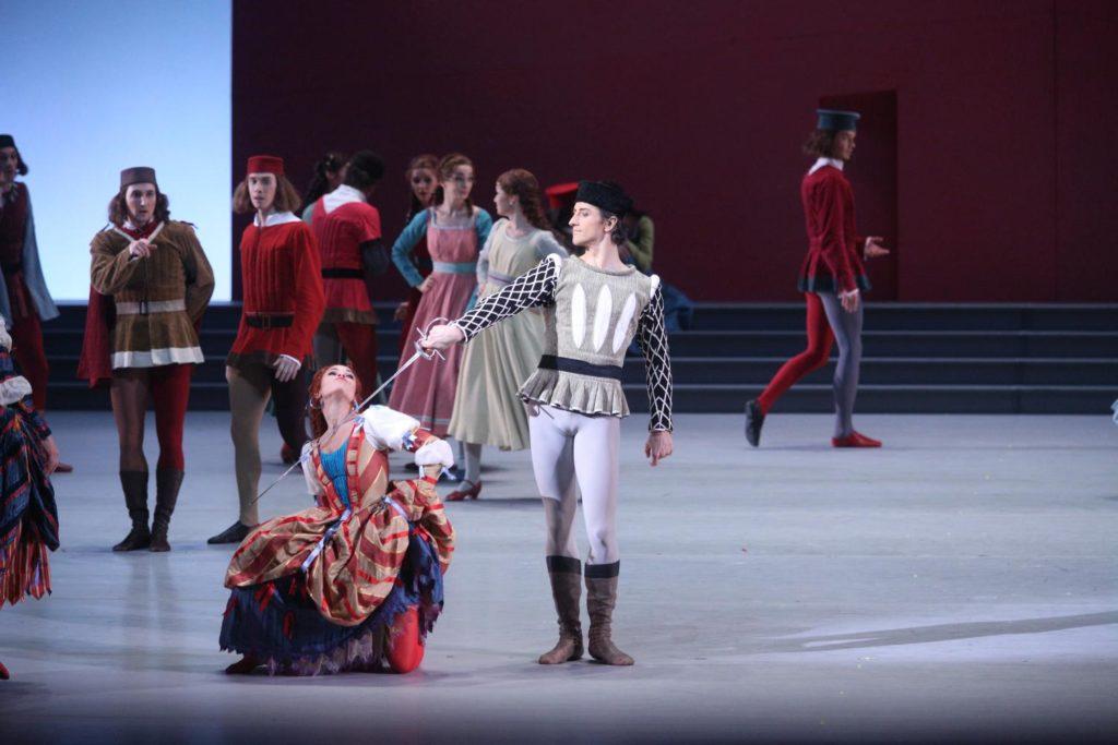 """12. K.Loseva, V.Biktimirov and corps de ballet, """"Romeo and Juliet"""" by A.Ratmansky, Bolshoi Ballet 2018 © Bolshoi Ballet / E.Fetisova"""