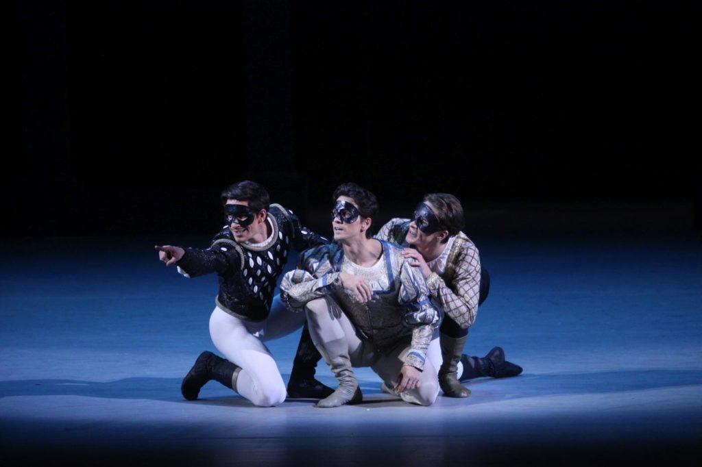"6. A.Savichev, G.Côté and M.Kochan, ""Romeo and Juliet"" by A.Ratmansky, Bolshoi Ballet 2018 © Bolshoi Ballet / E.Fetisova"