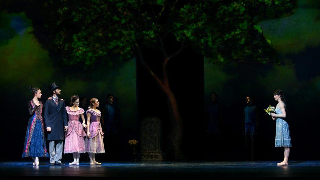 "1. V.Tsyganova, W.Tietze, S.Kaic, E.Merdjanova and A.Tsygankova, ""Cinderella"" by C.Wheeldon, Dutch National Ballet 2018 © M.Haegeman"