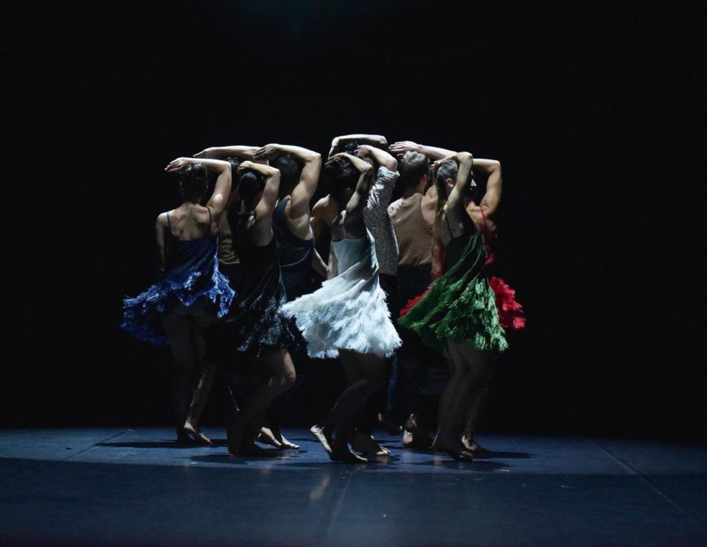 """4. Ensemble, """"La Fresque"""" by A.Preljocaj, Ballet Preljocaj 2019 © J.-C.Carbonne"""