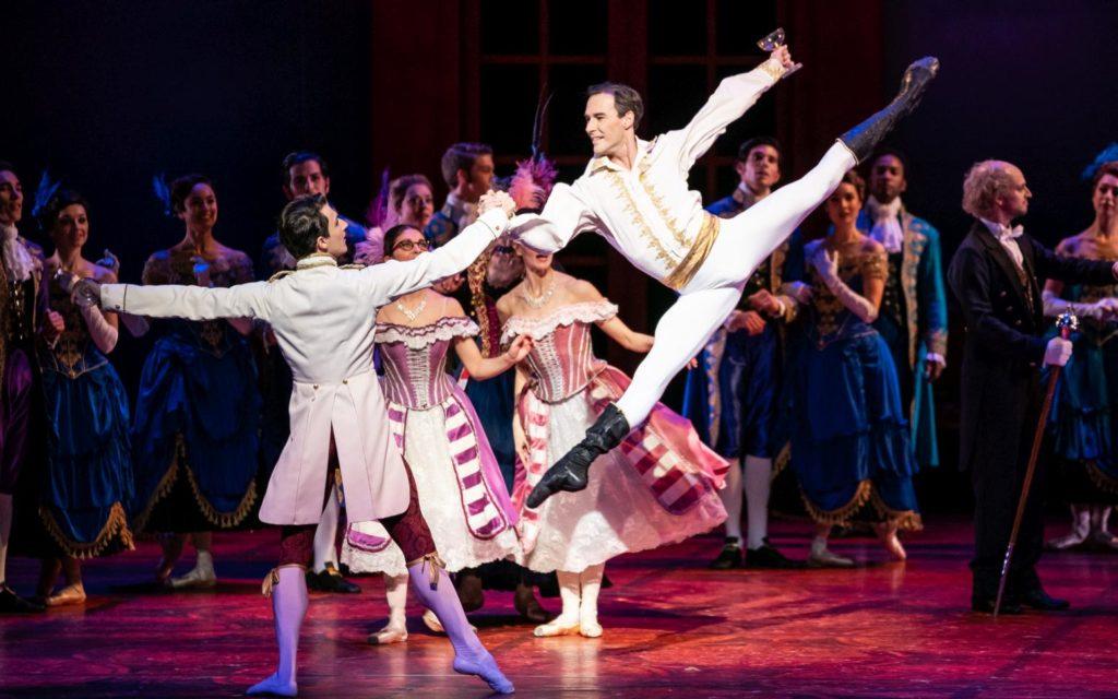 "8. S.Velichko, J.Varga, S.Kaic, E.Merdjanova and corps de ballet, ""Cinderella"" by C.Wheeldon, Dutch National Ballet 2018 © A.Kaftira"