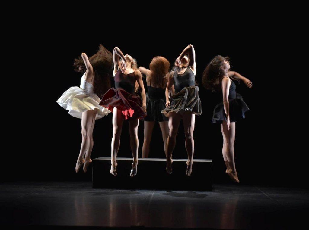 """2. Ensemble, """"La Fresque"""" by A.Preljocaj, Ballet Preljocaj 2019 © J.-C.Carbonne"""