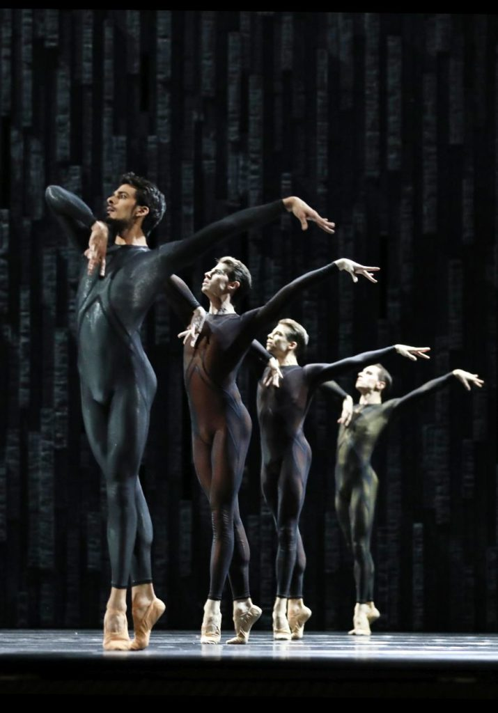 "6. C.Allen, J.Wright, S.Sjouke and D.Montero Real, ""Requiem"" by D.Dawson, Dutch National Ballet 2019"