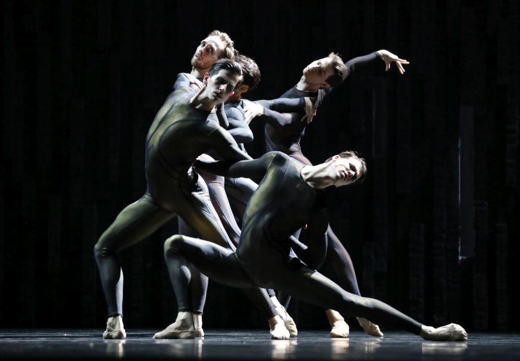 "10. J.Stout, D.Elia, M.ten Kortenaar, J.Wright and C.Allen, ""Requiem"" by D.Dawson, Dutch National Ballet 2019 © H.Gerritsen"