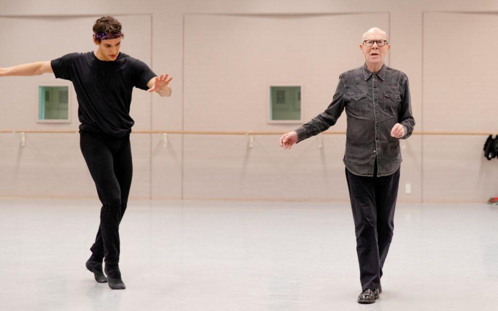 """4. D.Camargo and H.van Manen, rehearsal of """"5 Tango's"""" by H.van Manen, Dutch National Ballet 2019 © A.Kaftira"""