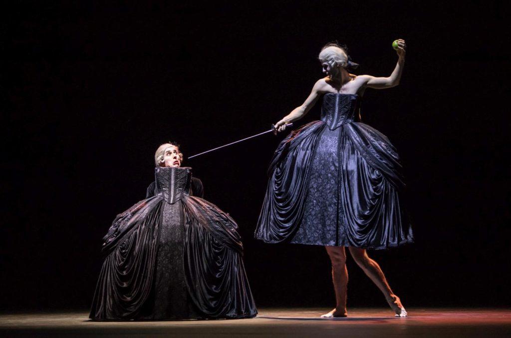 """18. D.Mulligan, G.Solan and M.Knight, """"Sechs Tänze"""" by J.Kylán, Ballet Zurich 2019 © G.Bartadon"""
