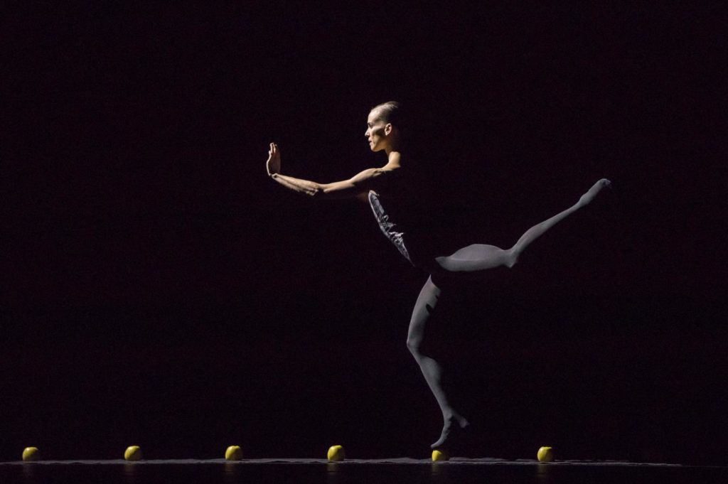 """10. K.Wünsche, """"Sweet Dreams"""" by J.Kylán, Ballet Zurich 2019 © G.Bartadon"""