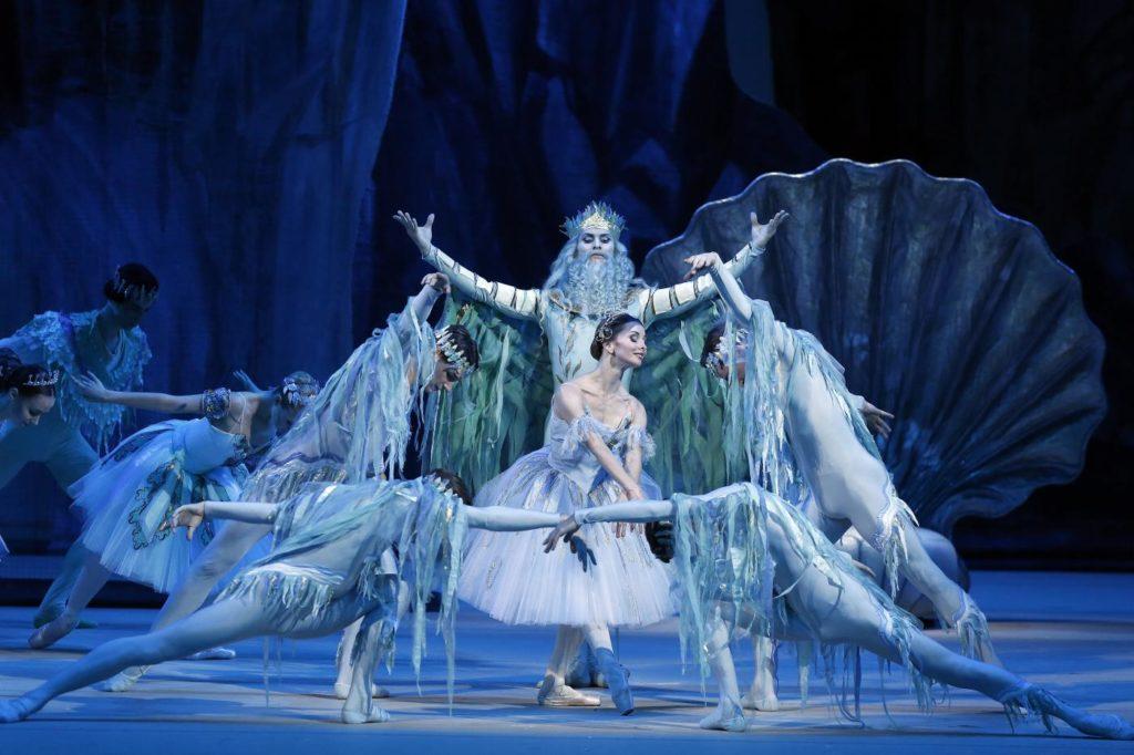 "11. E. Obraztsova, I. Alexeyev and ensemble, ""La Fille du Pharaon"" by P. Lacotte, Bolshoi Ballet 2019 © Bolshoi Ballet / D. Yusupov"