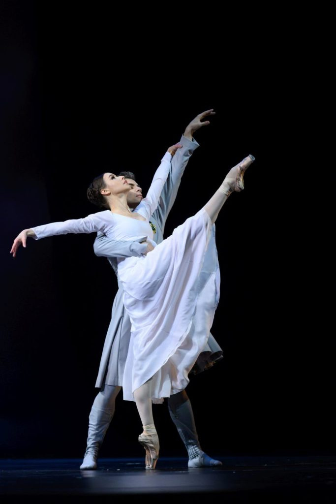 "16. K. Kretova and I.Tsvirko, ""The Winter's Tale"" by C. Wheeldon, Bolshoi Ballet 2019 © Bolshoi Ballet / N. Voronova"
