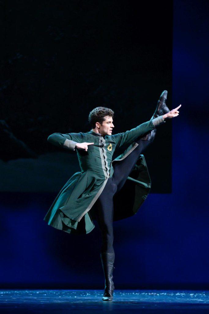 """6. I. Tsvirko, """"The Winter's Tale"""" by C. Wheeldon, Bolshoi Ballet 2019 © Bolshoi Ballet / N. Voronova"""