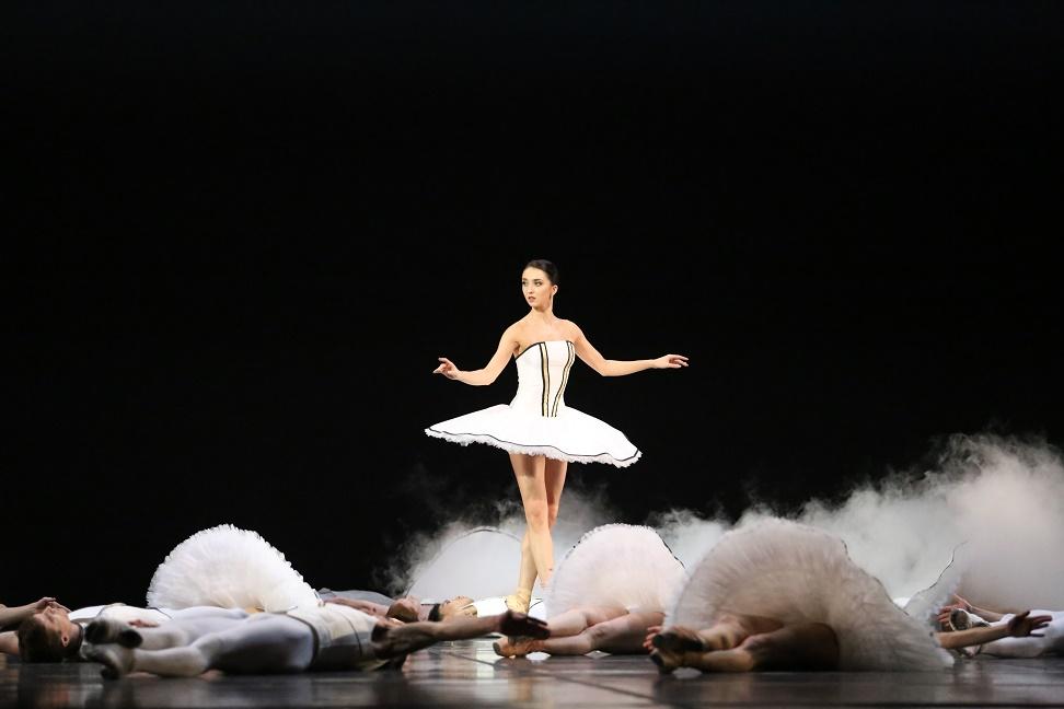 "1. E. Mikirticheva and ensemble, ""Tyll"" by A. Ekman, Stanislavsky and Nemirovich-Danchenko Moscow Music Theatre 2019 © S. Avvakum"