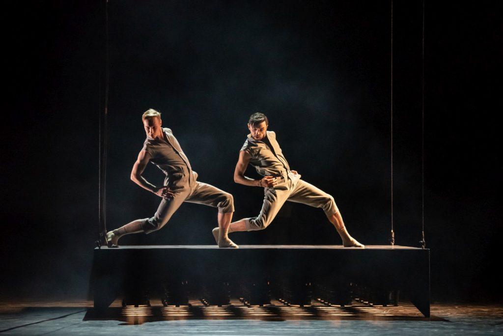 "10) J.Dolník and M.Deneux, ""Dos Soles Solos"" by A.Cerrudo, Czech National Ballet 2021 © S.Gherciu"
