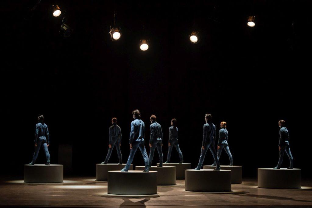 """6) Ensemble, """"Puppet"""" by D.Lee, Czech National Ballet 2021 © S.Gherciu"""