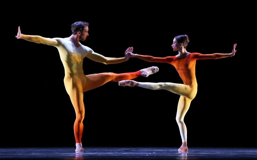"14. J.Stout and A.Ol, ""Alignment"" by J.Nunes, Dutch National Ballet 2021 © H.Gerritsen"