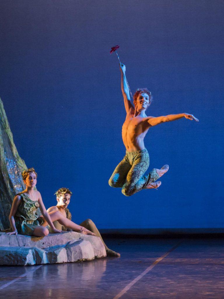 """9. A.Vinci (Puck) and ensemble, """"A Midsummer Night's Dream"""" by A.Delle Monache, Teatro dell'Opera di Roma Ballet School 2014 © Y.Kageyama"""
