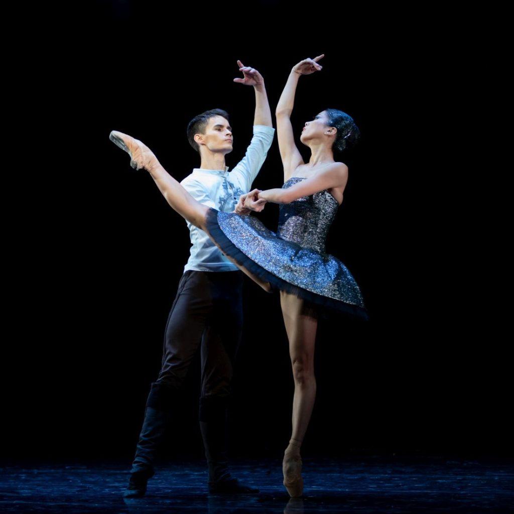 "2. A.Selivyorstov (Captain Jérôme de Blois-Champagne) and M.Nishiguchi (Princess Izora), ""The Order of the King"" by V.Samodurov, Ural Opera Ballet 2021 © O.Kerelyuk / Ural Opera Ballet"