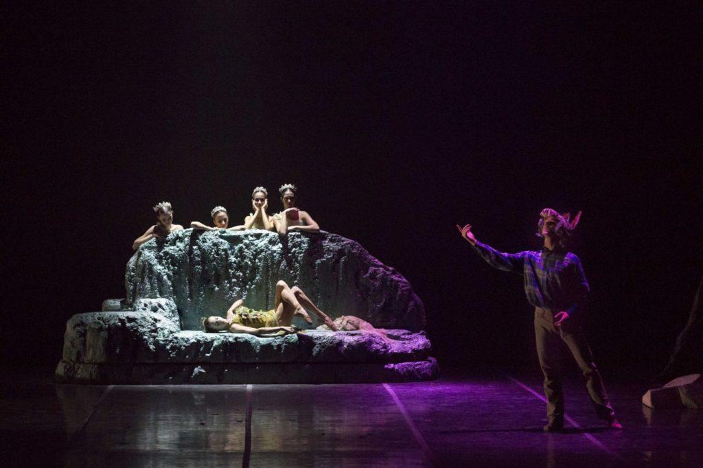 """3. C.Onesti (Titania), V.Marisca (Bottom), and ensemble, """"A Midsummer Night's Dream"""" by A.Delle Monache, Teatro dell'Opera di Roma Ballet School 2014 © Y.Kageyama"""