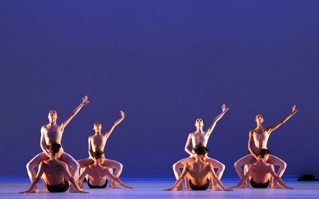"12. S.Leverashvili, Q.Liu, M.Makhateli, F.Eimers, S.Velichko, J.Stout, Y.Gyu Choi, and E.Wijnen, ""Grosse Fuge"" by H.van Manen, Dutch National Ballet 2021 © H.Gerritsen"