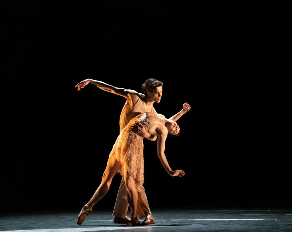"""9. S.Węgrzyn and N.Osipova, """"Optional Family: A Divertissement"""" by K.Abraham, The Royal Ballet 2021 © B.Cooper"""