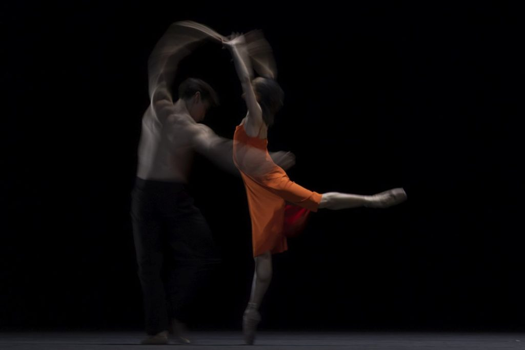 "1. F.Hayward and C.Coralles, ""Morgen"" by W.McGregor, The Royal Ballet 2021 © A.Uspenski"