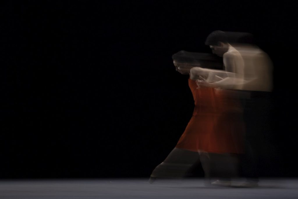 "2. F.Hayward and C.Coralles, ""Morgen"" by W.McGregor, The Royal Ballet 2021 © A.Uspenski"