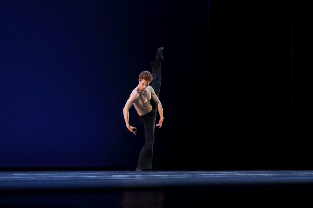 """8. A.Erlanson in """"Nothing Matters When We're Dancing"""" by W.Scheele, Dutch National Ballet Academy 2021 © S.Derine"""