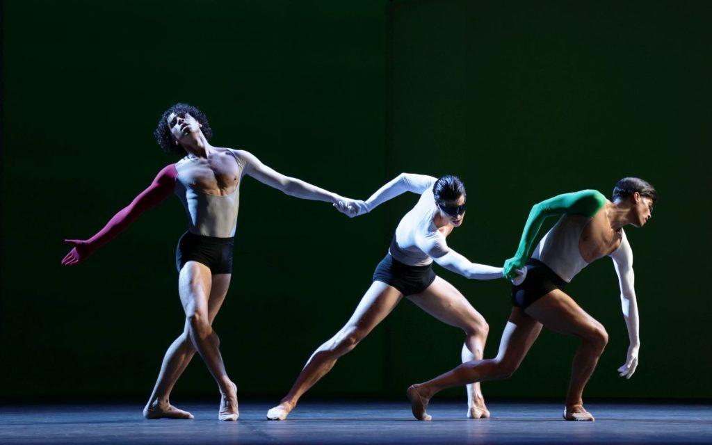 """5. T. van Poucke, M. ten Kortenaar, and N. Brhane, """"Lucifer Studies"""" by T. van Schayk, Dutch National Ballet 2021 © H. Gerritsen"""