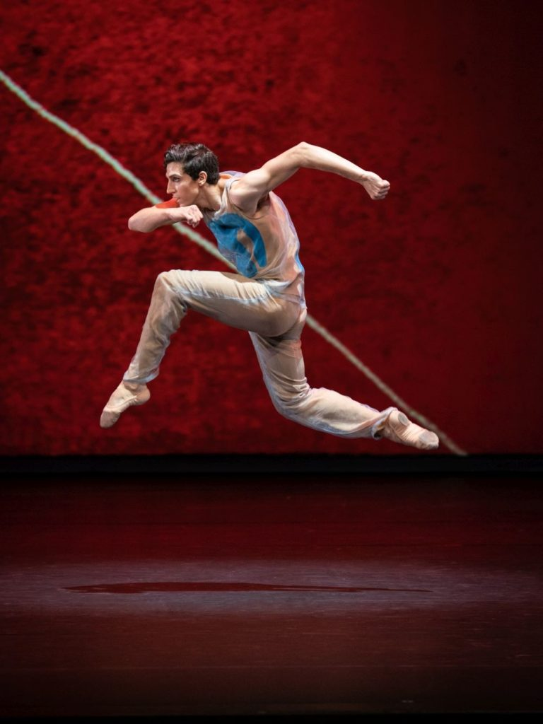 """7. F.Costa, """"Pictures at an Exhibition"""" by A.Ratmansky, Vienna State Ballet 2021 © Vienna State Ballet / A.Taylor"""