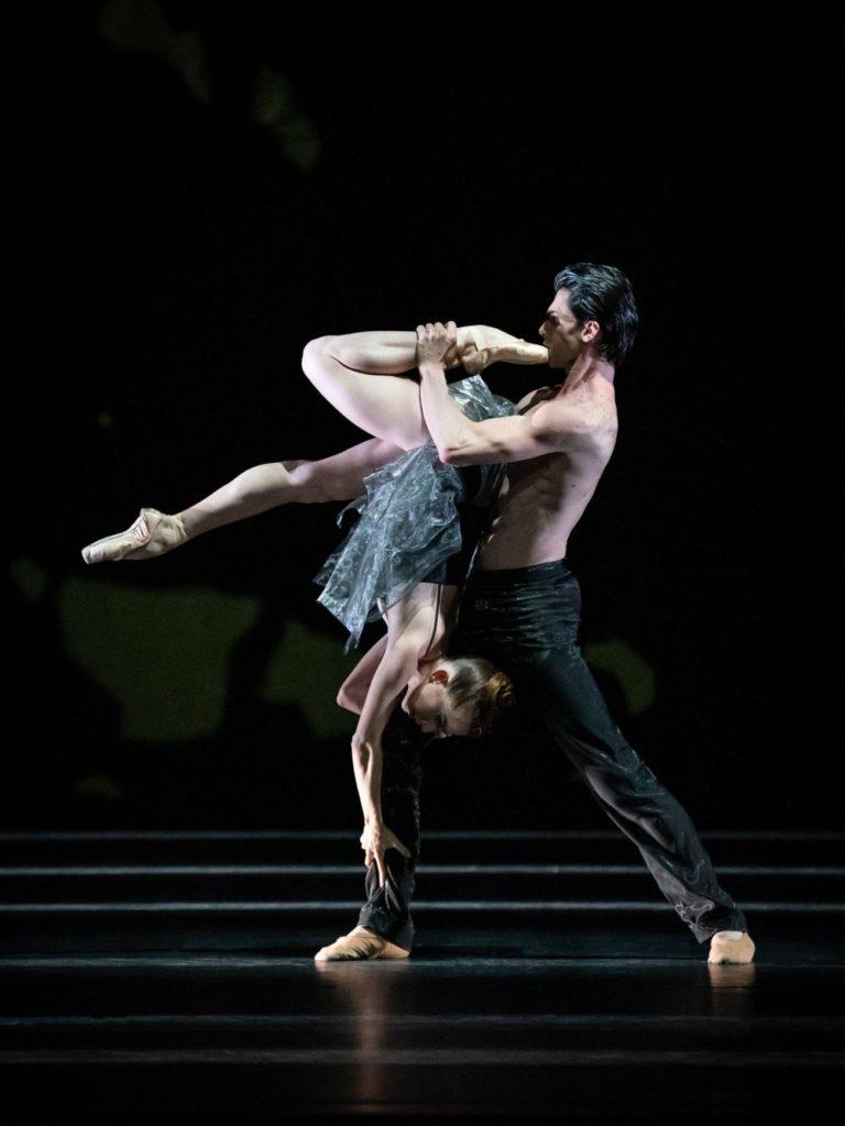 """9. F.McGee and C.Failla, """"Sinfonie Nr. 15"""" by M.Schläpfer, Vienna State Ballet 2021 © Vienna State Ballet / A.Taylor"""