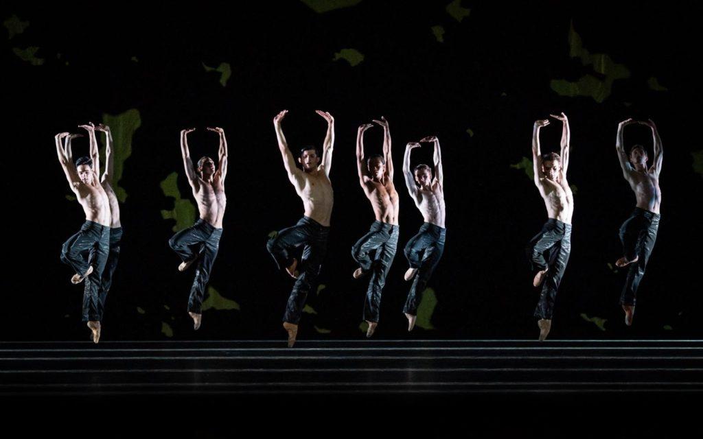 """11. Ensemble, """"Sinfonie Nr. 15"""" by M.Schläpfer, Vienna State Ballet 2021 © Vienna State Ballet / A.Taylor"""