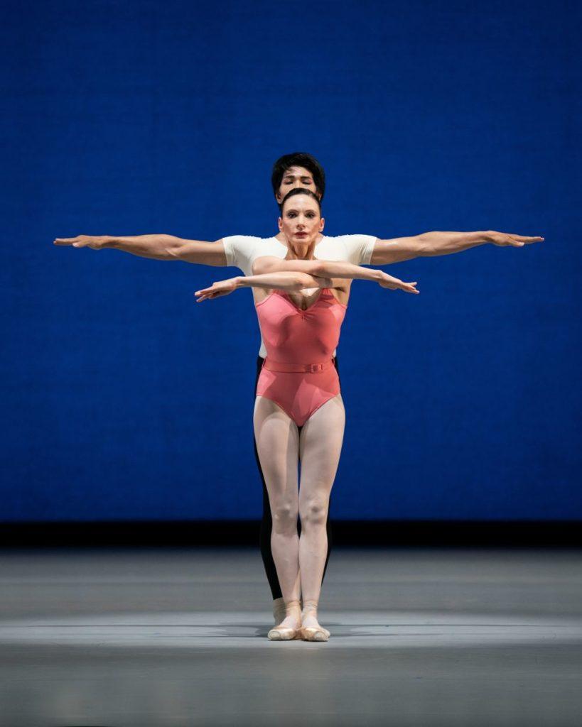 "2. L.Konovalova and M.Kimoto, ""Symphony in Three Movements"" by G.Balanchine © The George Balanchine Trust, Vienna State Ballet 2021 © Vienna State Ballet / A.Taylor"